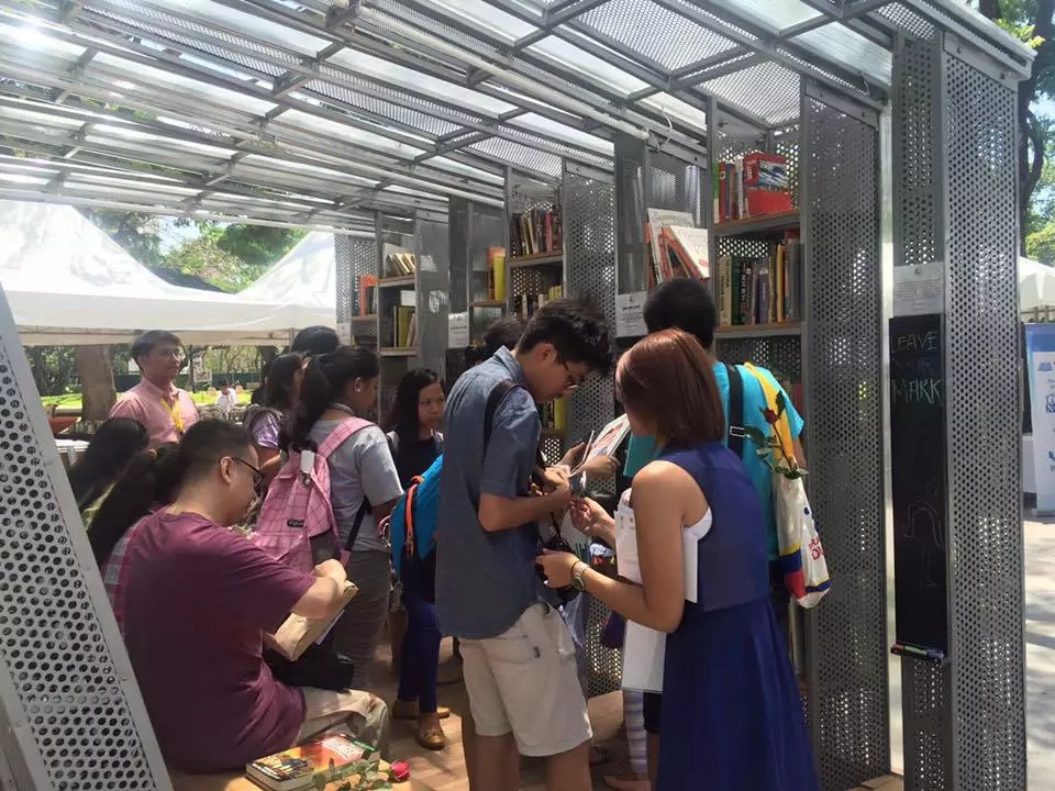 The Book Stop Project Proves Filipinos Are Readers