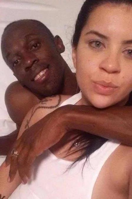 Bolt, en problemas por fotos con estudiante brasileña