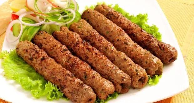 Binti kutoka Kisii aelezea njia rahisi ya kupika mshikaki, yaani Kebab