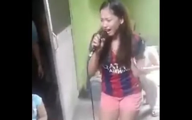 Pinay covers OPM classic 'Butsikik' in powerful karaoke number