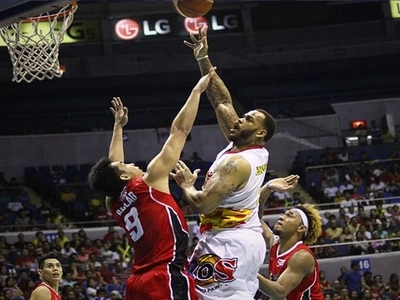 Rain or Shine stops late Alaska rally, edges closer to PBA Title
