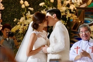 Sa wakas! Most awaited AlDub wedding overflows with 'kilig' feels
