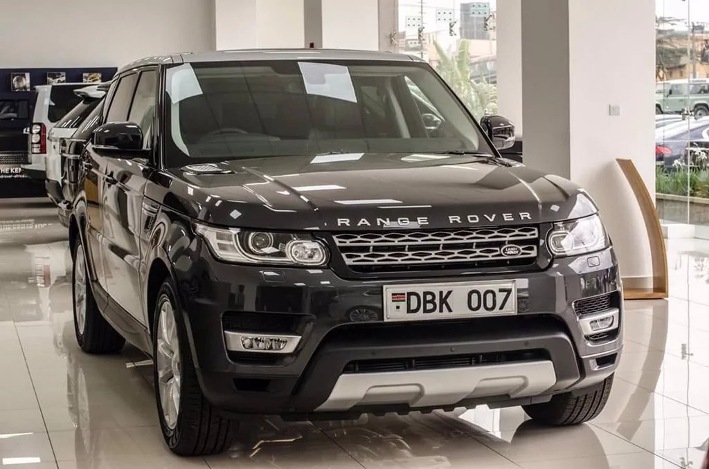 Lawyer Donald Kipkorir criticised for flaunting his Range Rover