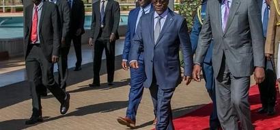 Picha hizi ni dhihirisho tosha mataifa ya Kenya na Tanzania yamebarikiwa na mama wa taifa wanaopendeza