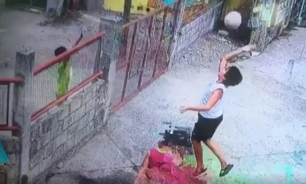 Two boys were caught in CCTV trying to be resourceful in playing