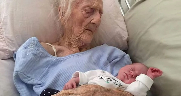 This 101 year old woman gives birth after successful ovary transplant