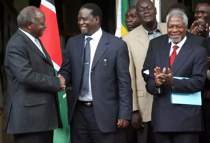 Politicians pray for ailing Mwai Kibaki