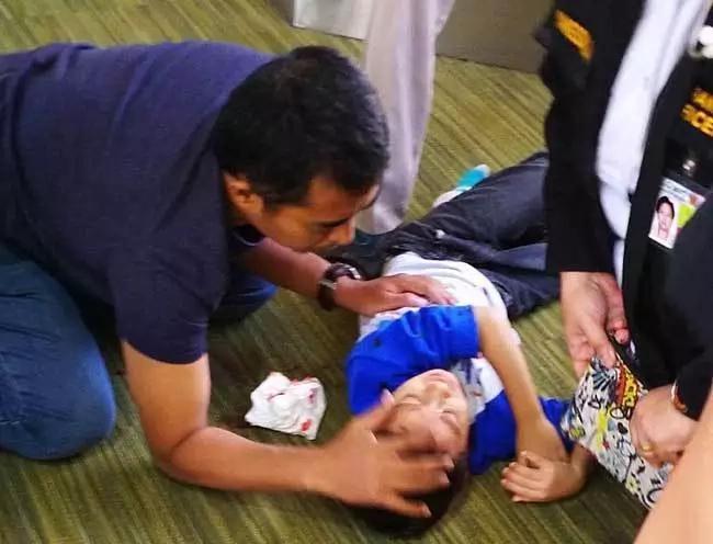 5-year-old Malaysian boy falls from 12 feet at NAIA, miraculously survives