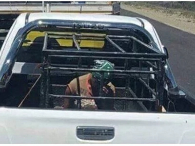 Man transports woman in CAGE in back of his car, Internet explodes with anger (photos)
