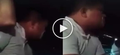 Ang yabang! This drunk guy says he's a policeman, curses jeepney passengers
