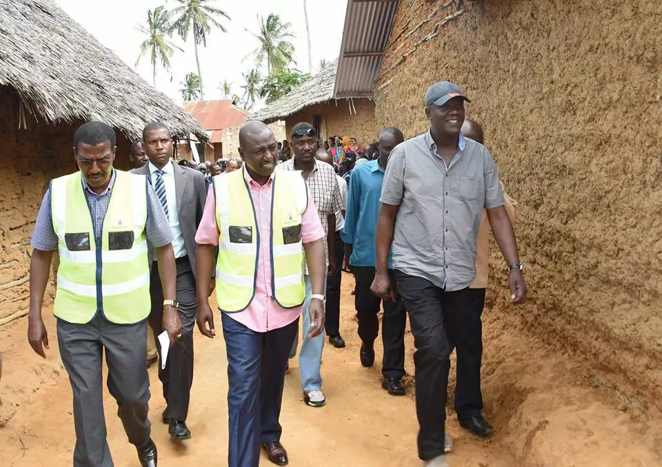 Ruto's activities in coast leave Kenyans divided (photos)