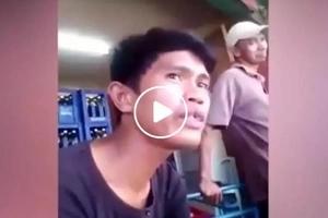 Parang mas magaling pa sa original eh! Ordinary looking Pinoy breaks social media with song cover of Air Supply's 'Having you Near Me'