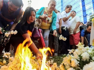Duterte vows justice for Davao blast victims, warns perpetrators of