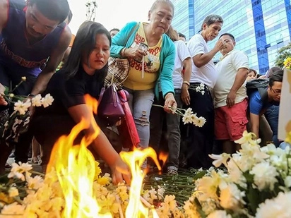 """Duterte vows justice for Davao blast victims, warns perpetrators of """"day of reckoning"""""""