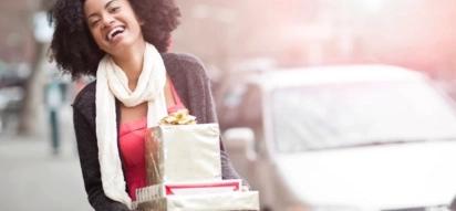 13 sweet Christmas gifts every Kenyan man should send to his 2016 secret crush