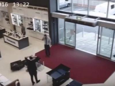 CCTV Captures A Clumsy Customer Hilariously Breaking 4 Flatscreens TVs