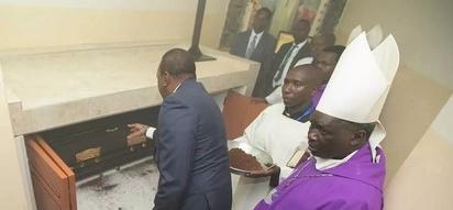 Makasisi wengine 4 wa Katoliki Kenya ambao mabaki yao yamezikwa ndani ya makanisa
