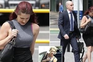 Mujer que se declaró culpable de tener sexo con un perro espera su sentencia tras las rejas