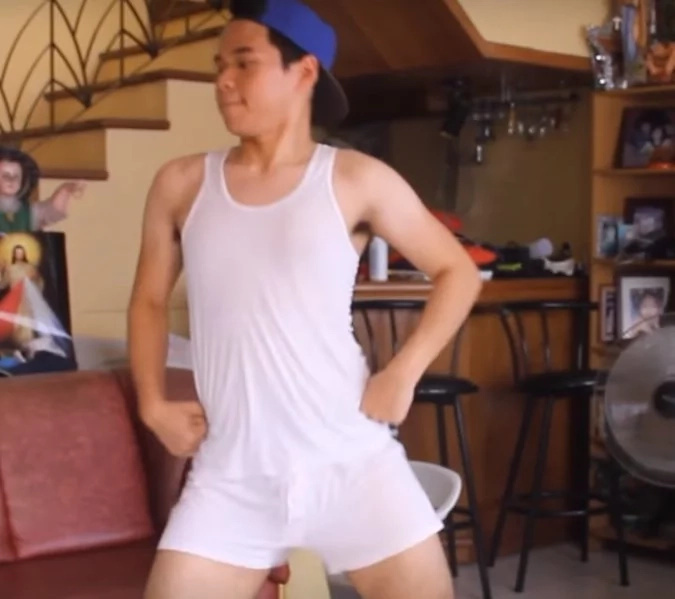 Dancing Pinoy shows off skills in viral Youtube video. The video got 500k hits so far.