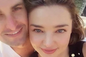 Miranda Kerr, engaged to the man behind Snapchat! #RelationshipGoals
