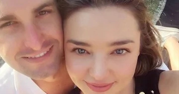 Miranda Kerr, engaged to the man behind Snapchat! #RelationshipGoals