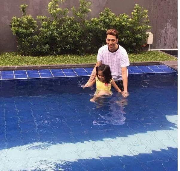 Vice Ganda shows off his lavish swimming pool and hot tub
