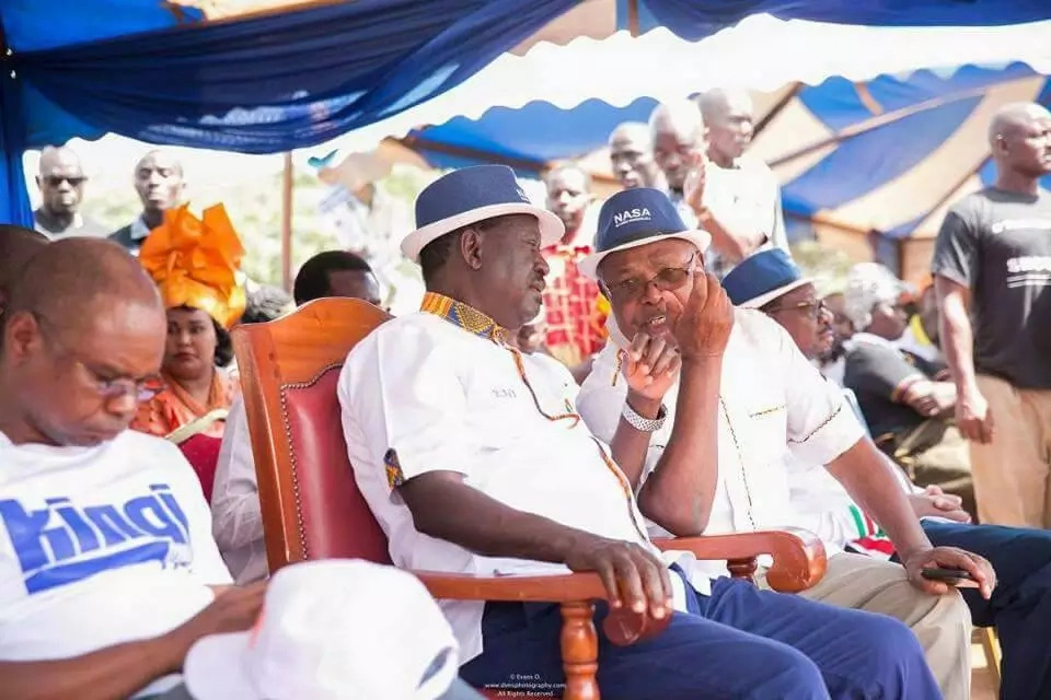 Raila Odinga 'modifies' Uhuru's free education promise with a more ambitious one