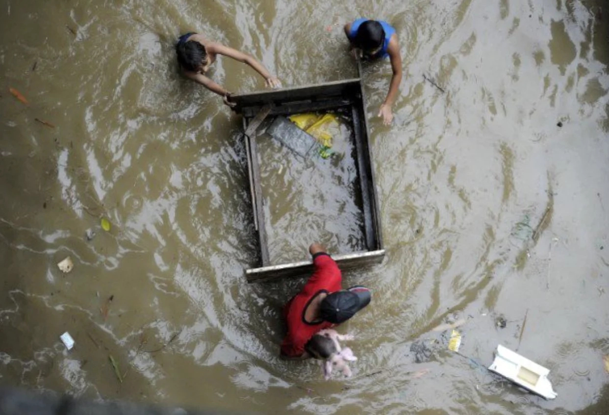 Monsoon leaves 5 dead, thousands evacuated