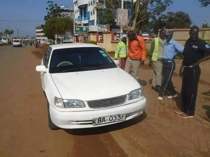 Ugandan thief driven to a police station by bees after stealing a car in Bungoma