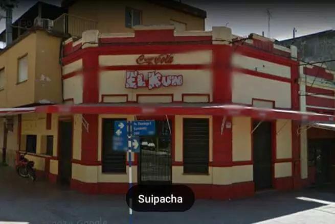 """""""Kun"""" Agüero enjuició a un local argentino de comida chatarra"""