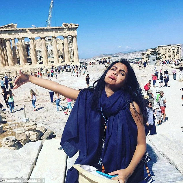 Sad photos of woman who went for honeymoon alone go viral