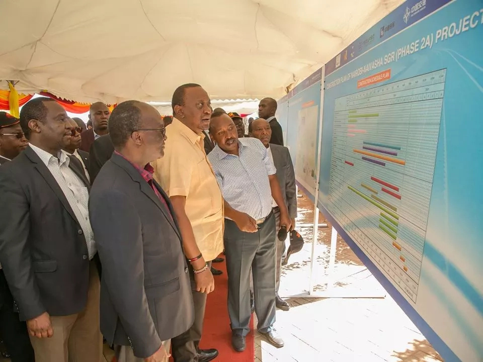 Rais Uhuru Kenyatta akagua ujenzi wa reli ya SGR katika kaunti ya Kajiado
