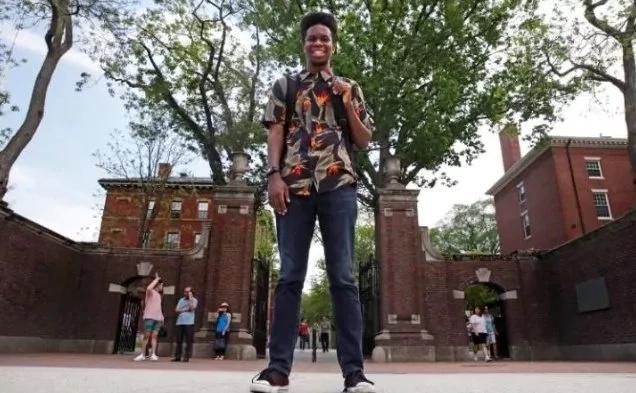 This student presents rap album as thesis at world's most prestigious university
