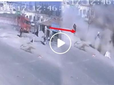 Violent truck completely destroys houses and kills five