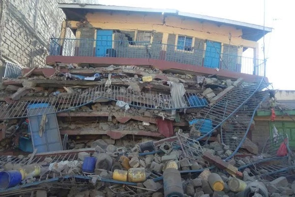 Building collapses in Embakasi