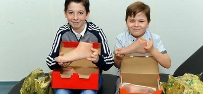Brothers born without feet wanted something special this christmas. THIS is what they get