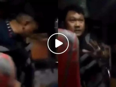 This hold-upping incident inside a bus was prevented, thanks to this heroic policeman
