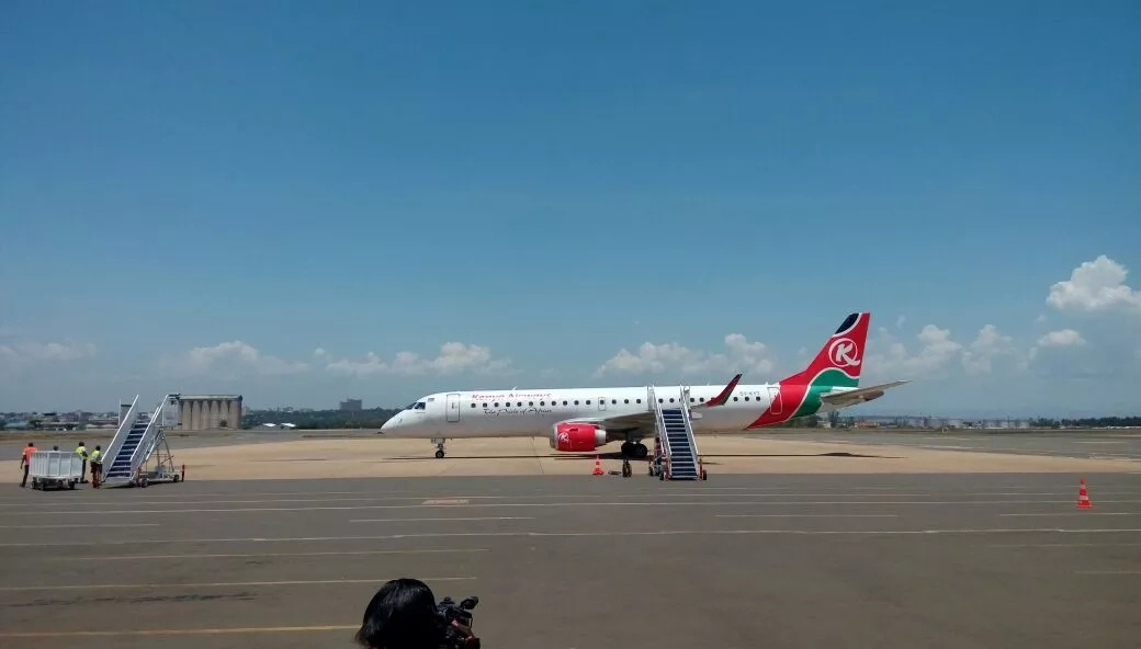 Slain IEBC ICT manager Chris Msando's body arrives in Kisumu ahead of final send-off (photos)