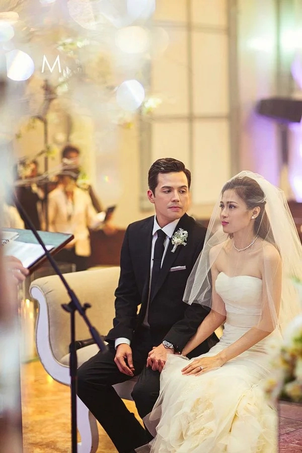 5 romantic things about Paul & Toni's wedding. A sweet flashback of how their love inspired us in celebration of their 2nd wedding anniversary.