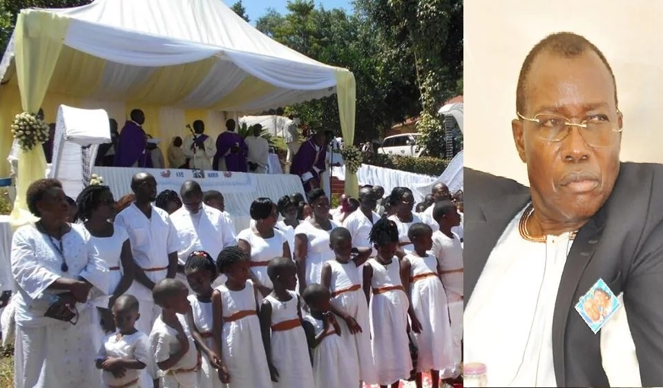 Unbelievable! 87 children and 20 pregnant ladies show up at burial of famous professor