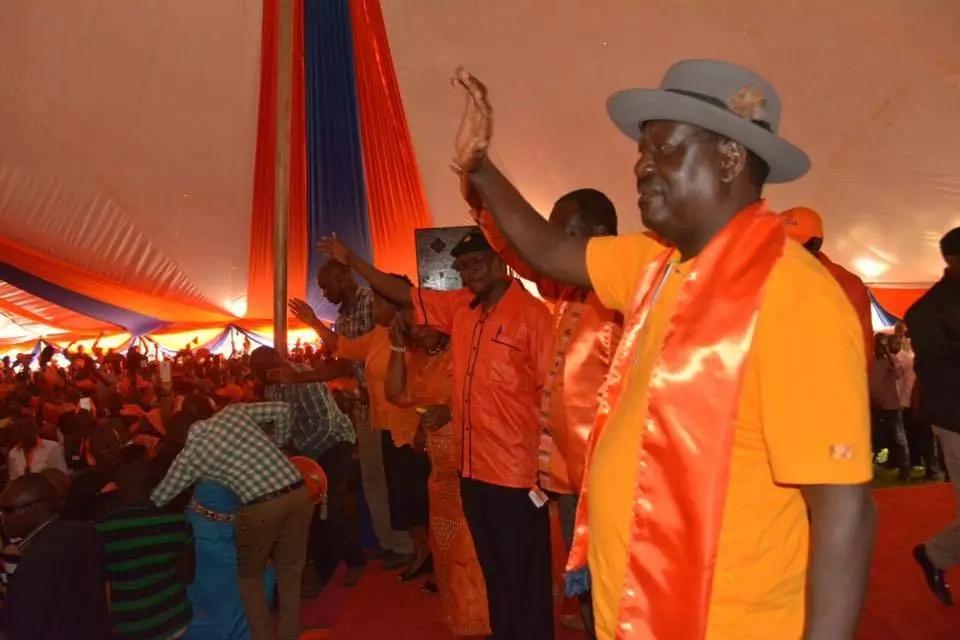 Raila reveals who settles his bills