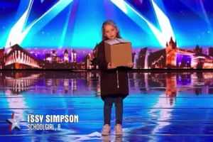 The amazing magic tricks of this girl astounded Britain's Got Talent's judges!