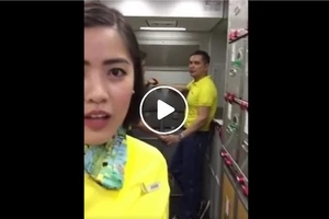 Airline crew member tried to do a video greeting but what she saw next will shock you