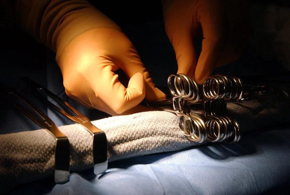 Controles para prevenir muertes en cirugías estéticas
