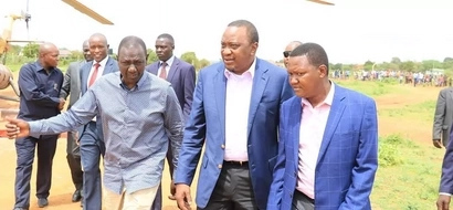 Ruto tries to save Machakos Governor Alfred Mutua from an angry booing crowd by doing this