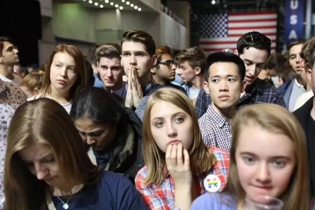 7 photos of Clinton supporters crying as Trump nears a win