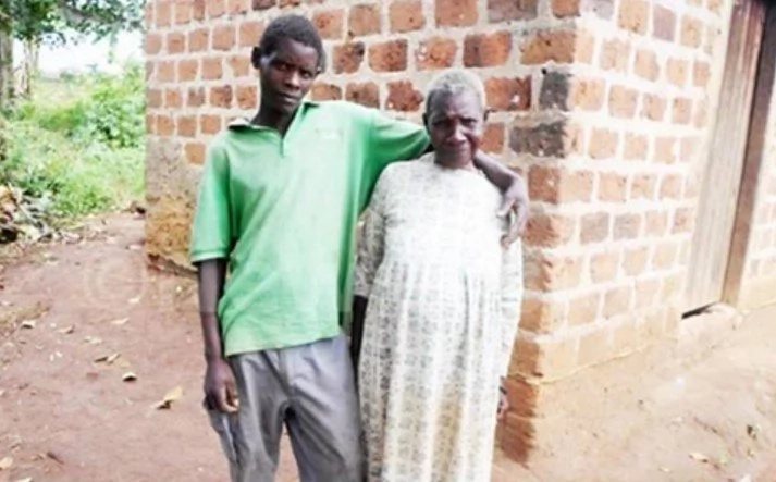 Unthinkable! Meet 70-year-old woman who claims she is pregnant from her 27-year-old boyfriend (photos)