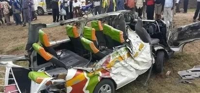 Ajali MBAYA SANA yaua watu watano papo hapo(picha)