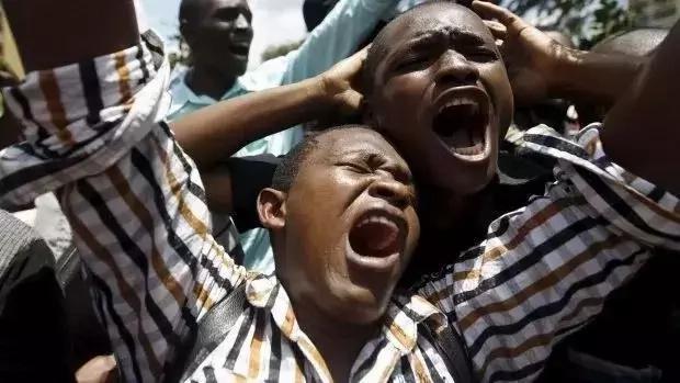 HIVI ni vyakula 7 vya kimsingi vitakavyofanya Uhuru na Ruto kupoteza Ushindi Agosti