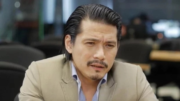 Robin Padilla confesses dream of becoming a policeman